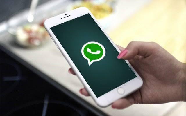 entre em contato por whatsapp
